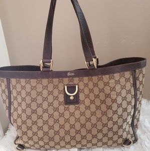 🎃SALE🎃Gucci Abbey D Ring Large Tote